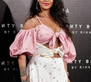 Rihanna wore Djula Jewelry
